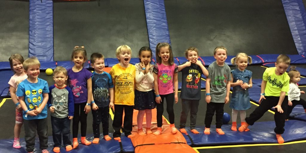 SkyZone Birthday Party | My Crazy Beautiful Life